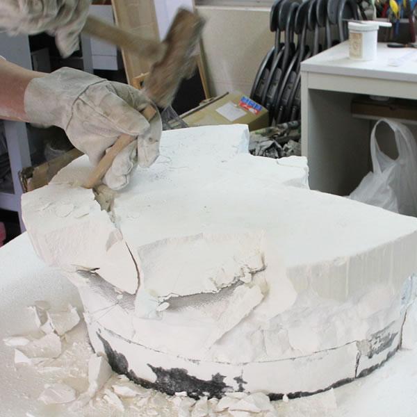 ガラス石膏割り出し