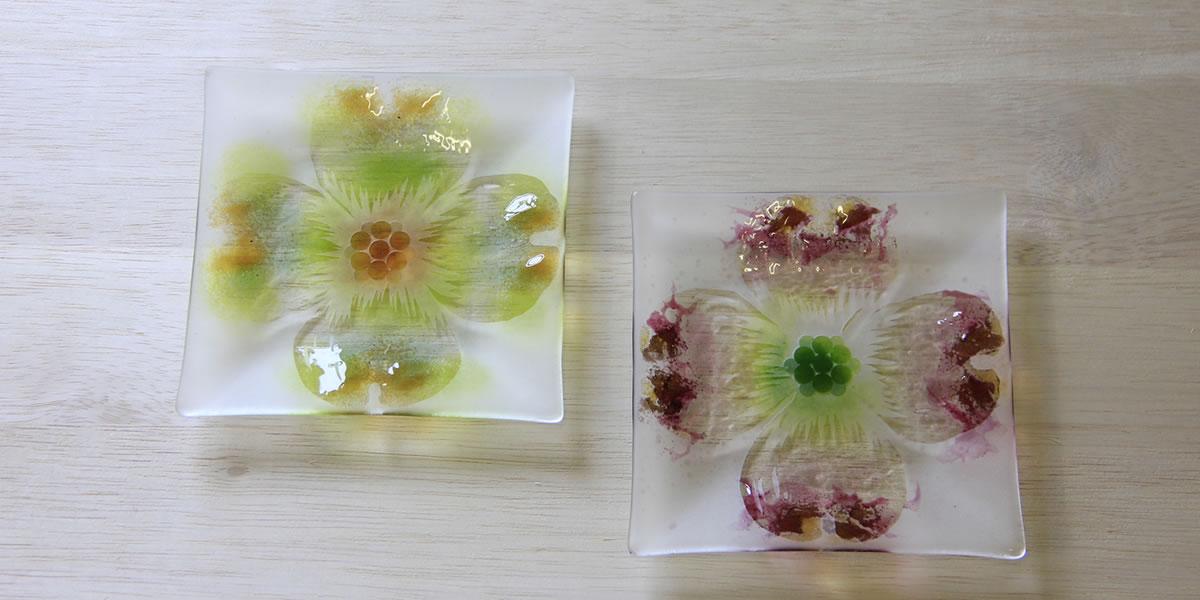 ハナミズキのガラス皿